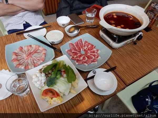 台中團購.香麻順口的四川麻辣鍋@KIKI川菜餐廳