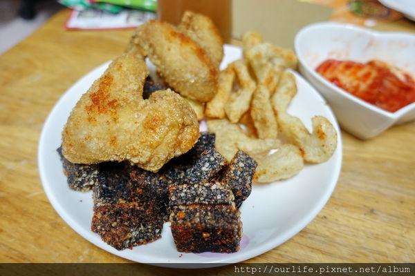 台中市北區.水嫩多汁的古早辦桌炸雞翅@十三鹽酥雞