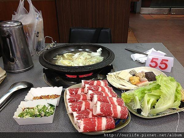 彰化.肉感十足的牛肉火鍋@小紅豬火鍋