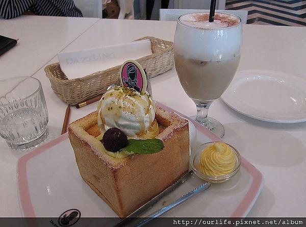 台中.很上流的蜜糖吐司但服務不入流@Dazzling cafe台中店