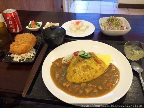 台中南屯.平價美味的軟嫩炸豬排蛋包飯@吉津日本料理