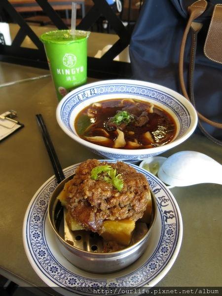 台中西區.肉嫩麵彈心服口服的牛肉麵@段純貞牛肉麵