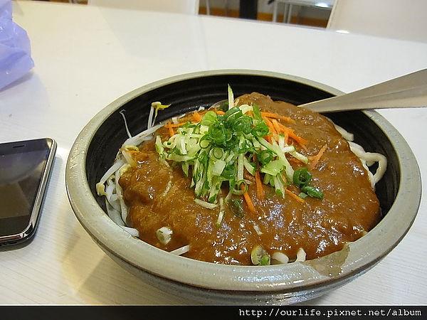 台中.辣過癮的超辣鮪魚醬拌手工拉麵@一中商圈就醬拌專賣店