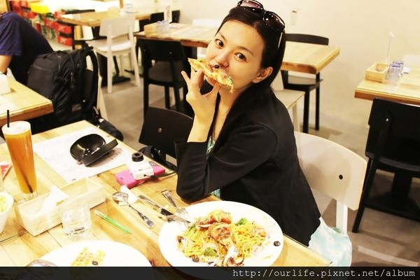 台中團購.櫻桃鴨胸PIZZAVS醬烤大卷義麵@法比樂創意廚房(+wifi)