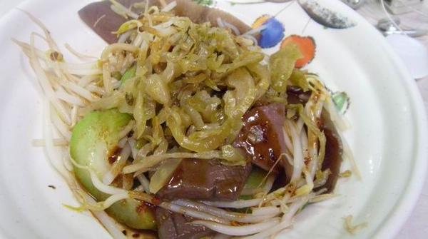 台中.好吃便宜魯味@香貝港式魯味