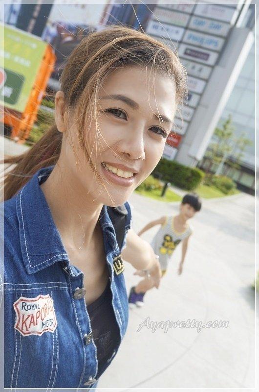 HANAKA美白水乳防曬SPF50 (15).JPG