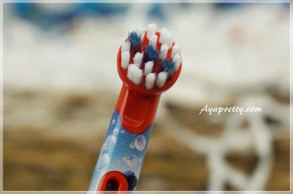 德國百靈Oral-B 海底總動員 D10兒童充電電動牙刷 (19).JPG