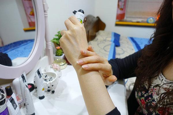 b-REUNROM麗妍泰甜點混搭派對套組護手霜 (13A2).jpg