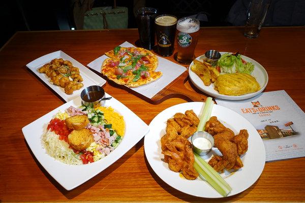 Hooters信義店-遠百信義A13餐廳推薦,遠百信義A13聚餐餐廳 (19).jpg