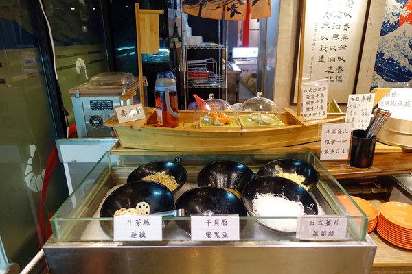 台北聚餐火鍋吃到飽-嗨蝦蝦百匯鍋物吃到飽,罐裝啤酒喝到飽 (14).jpg