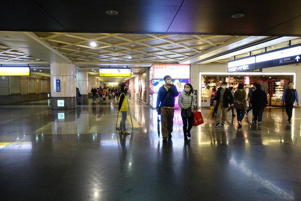 三重到板橋捷運,三重到板橋車站怎麼搭比較快 (20).JPG