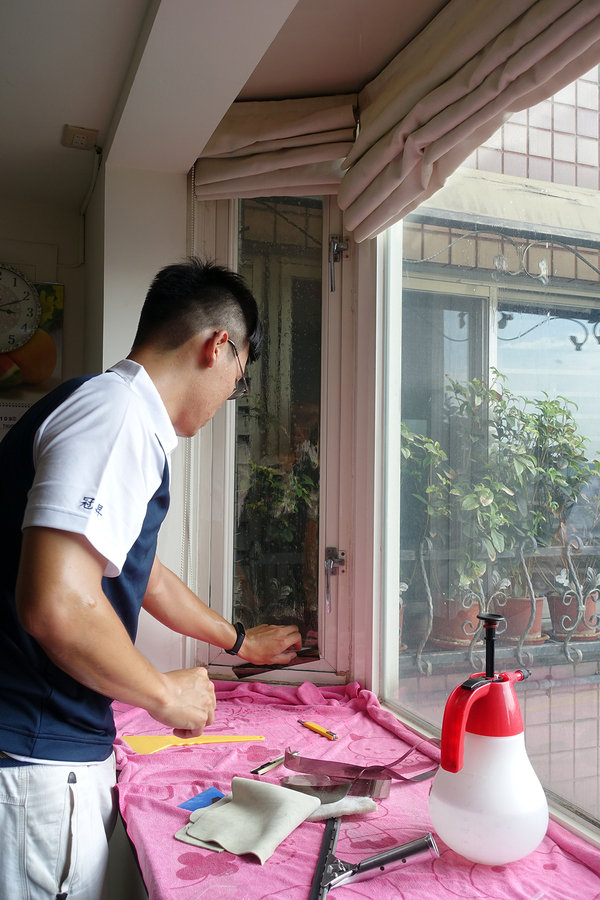 住家玻璃隔熱紙推薦-冠昇玻璃隔熱片行,3M建築居家隔熱膜 (26).jpg