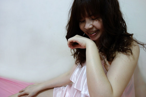 Biore極緻精華油沐浴乳 (14).jpg
