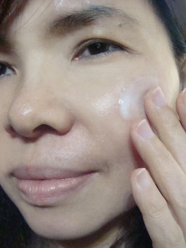 AVIVA深度保溼乳液紫羅蘭 完美多元金量霜 (9).jpg