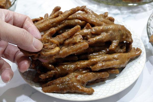 黑竹園雞腳冷滷味,以四十年老滷汁製成的好吃團購美食 (9).jpg