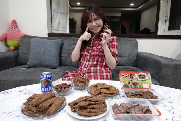 黑竹園雞腳冷滷味,以四十年老滷汁製成的好吃團購美食 (28).jpg