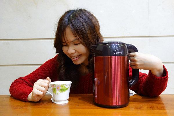 Midea美的雙層防燙不繡鋼快煮壺 (25).jpg