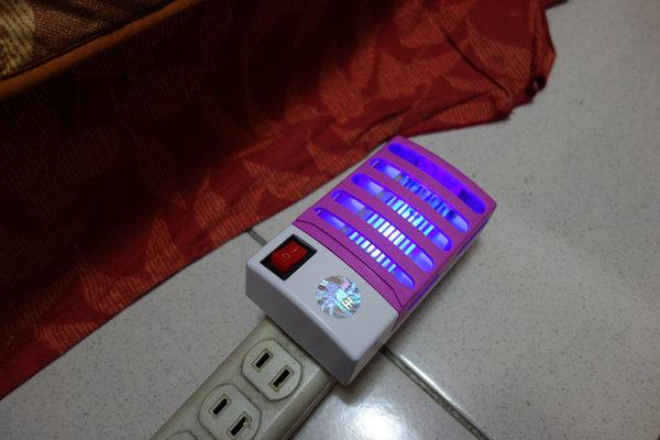省電王 二代LED捕蚊燈 S108 (18).JPG