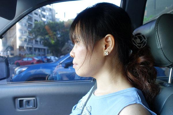 貼式耳環推薦-絢彩家黏貼式耳環,免穿耳洞無痛耳環 (14).jpg