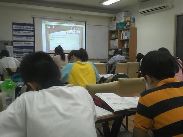 簡杰文理補習班 (15).jpg