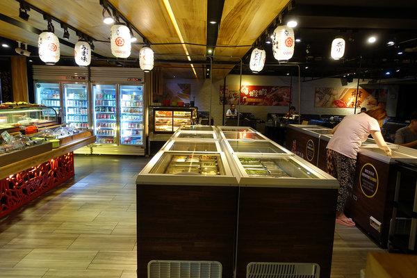 台北聚餐火鍋吃到飽-嗨蝦蝦百匯鍋物吃到飽,罐裝啤酒喝到飽 (3).jpg