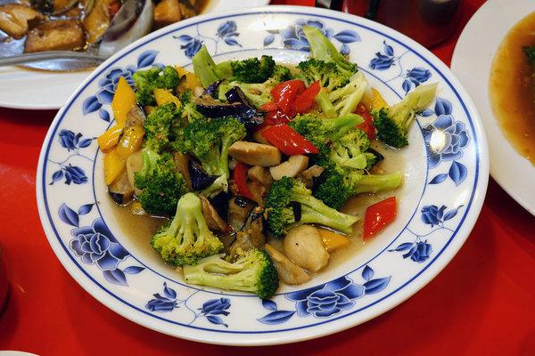 永和平價合菜餐廳-燒味鮮合菜小館,好吃台北合菜餐廳 (31).jpg