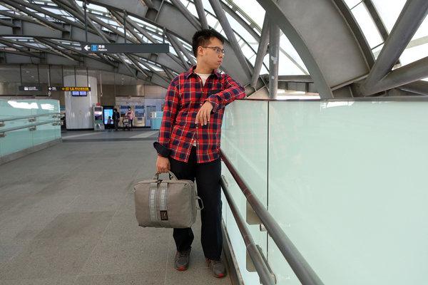 開箱-bagrun輕軍風三用機能後揹筆電包,上班族、輕旅行機能背包 (1).jpg