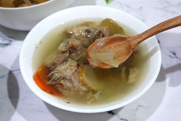 好吃冷凍雞湯包推薦-綠野農莊雞湯料理包、雞肉燥 (9).jpg