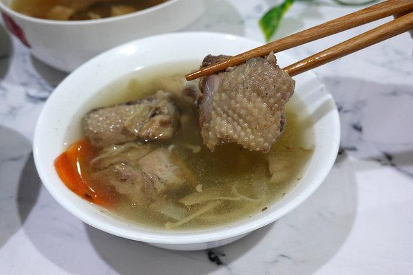 好吃冷凍雞湯包推薦-綠野農莊雞湯料理包、雞肉燥 (10).jpg