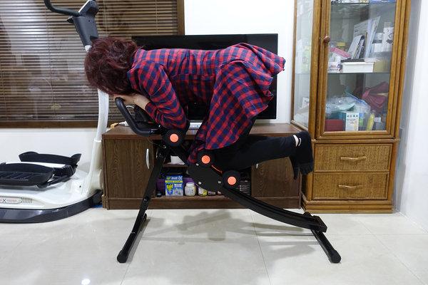 好用健腹機推薦-HITO5分鐘地獄式健腹機開箱 (29).jpg