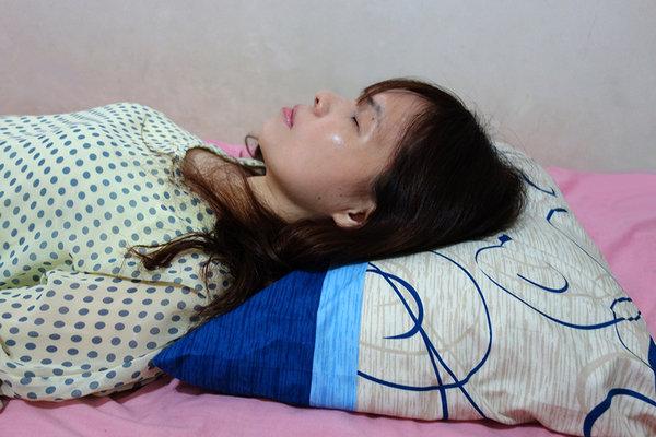 GreySsa格蕾莎熟眠記形枕 (12).JPG