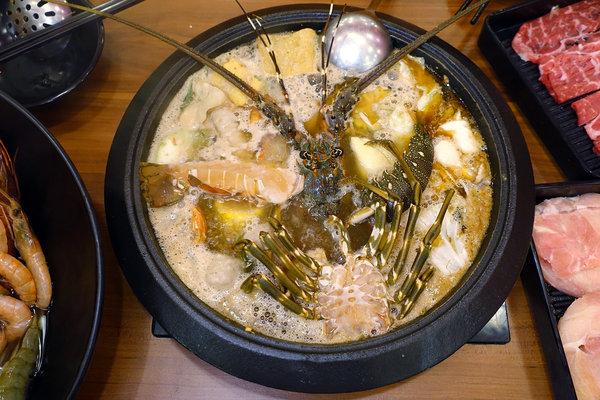 松江南京站聚餐火鍋吃到飽-嗨蝦蝦三杯醉蝦石頭鍋 (44).jpg