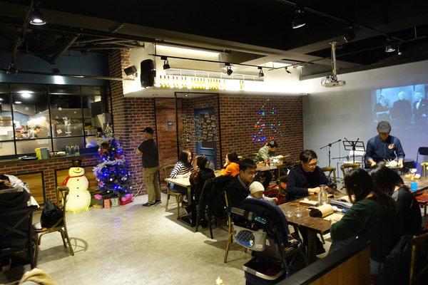 小聚餐酒館 (4).JPG