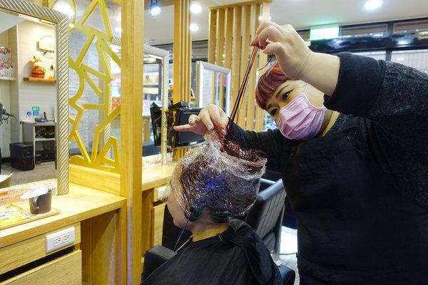 蘆洲美髮沙龍-迪薾髮型,專業平價蘆洲染髮、結構護髮推薦 (24).jpg