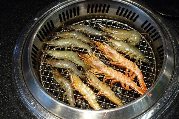 西門町燒烤吃到飽-町番燒肉,台北火烤兩吃吃到飽 (42).jpg