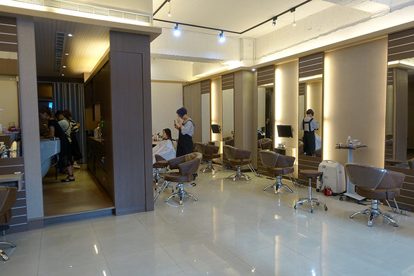 Jie Hair Salon捷沙龍 (5).jpg