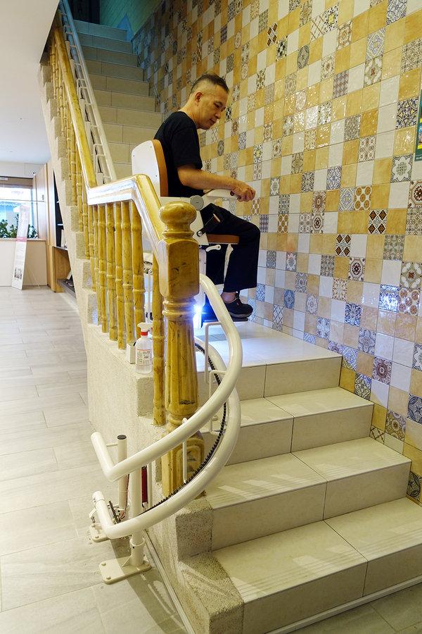 好用樓梯升降椅推薦-羅布森樓梯升降椅 (25).jpg