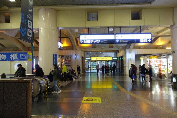 三重到板橋捷運,三重到板橋車站怎麼搭比較快 (27).JPG