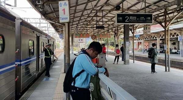 台南高鐵站到台南車站 (18).jpg