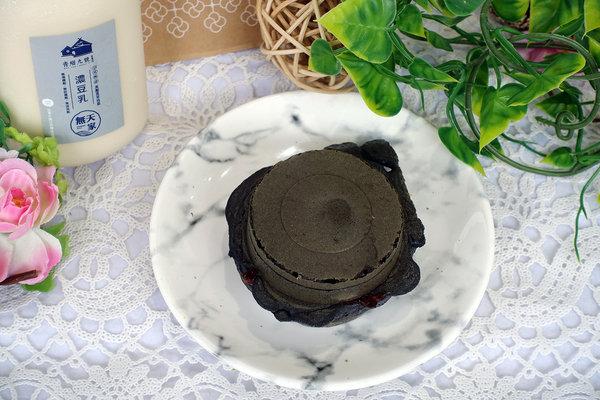 青畑九號豆製所台北忠孝SOGO店,台北東區好吃紅豆餅 (21).jpg
