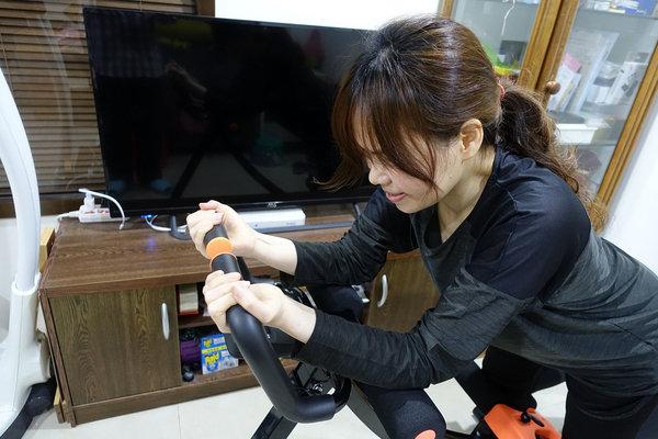 好用健腹機推薦-HITO5分鐘地獄式健腹機開箱 (17).jpg