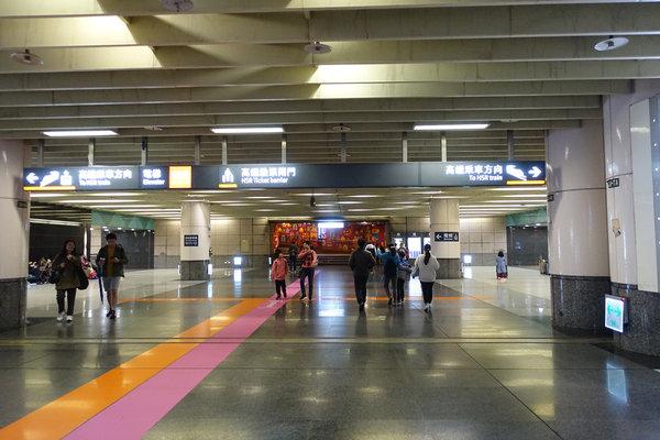 三重到板橋捷運,三重到板橋車站怎麼搭比較快 (24).JPG