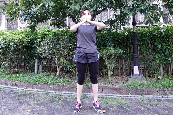 3分鐘無跳耀、不需器材的居家運動-你不知道的國民健身操 (7).jpg