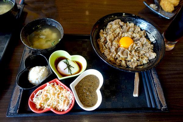 新丼日式丼飯 (12).jpg