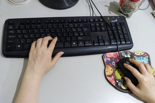 好用無線滑鼠推薦-LEXMA M300R無線光學滑鼠Q版彩虹獨角獸彩繪 (16).jpg
