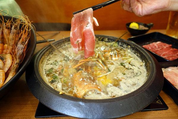 松江南京站聚餐火鍋吃到飽-嗨蝦蝦三杯醉蝦石頭鍋 (43).jpg