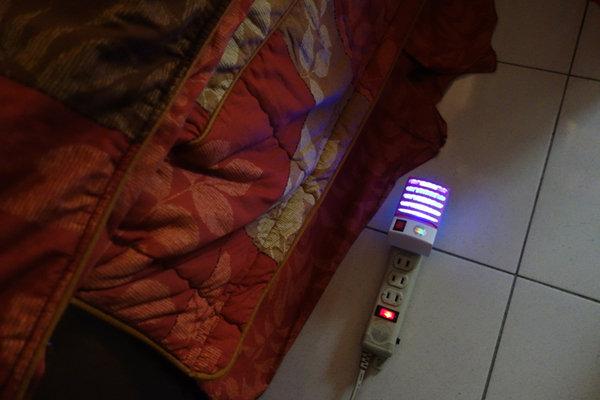 省電王 二代LED捕蚊燈 S108 (23).JPG