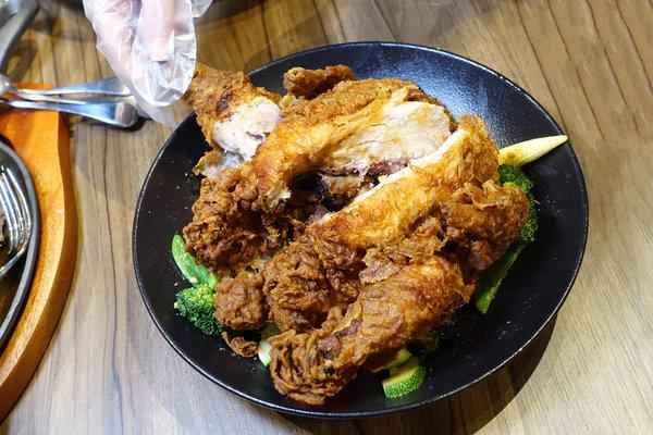 the chips美式餐廳信義ATT店,台北信義區適合聚餐的美式餐廳 (28).jpg