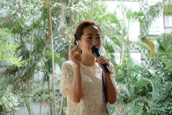 maNara溫熱卸妝凝膠 (38).JPG