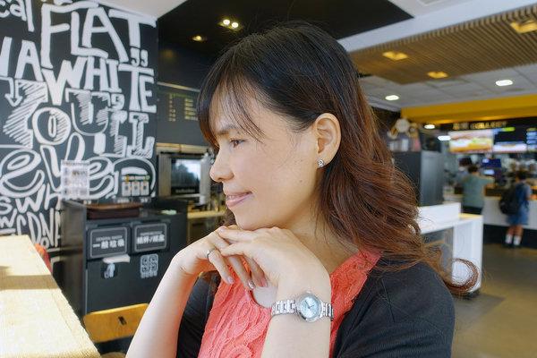 貼式耳環推薦-絢彩家黏貼式耳環,免穿耳洞無痛耳環 (10).jpg